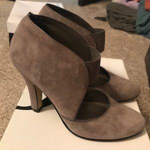 Nine West Size 5 Heeled Booties